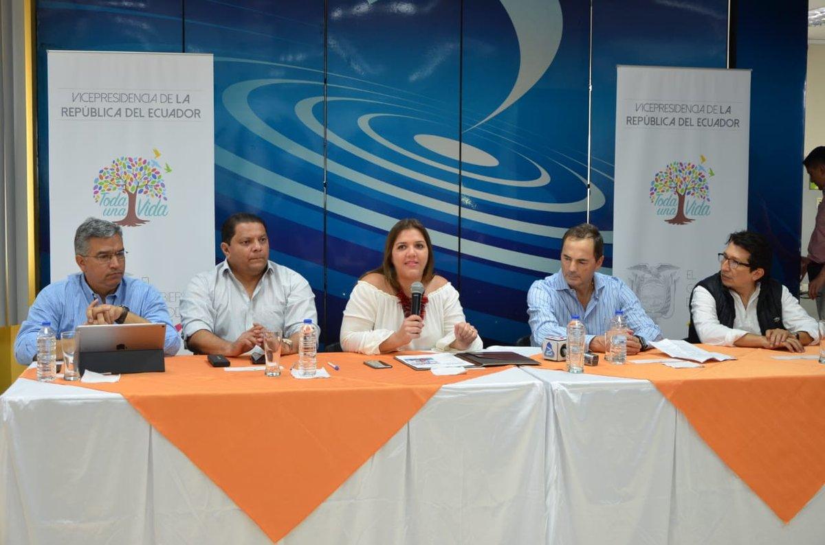 Vice-president of the Republic, María Alejandra Vicuña, visited   La Fabril S. A. Industrial Plant